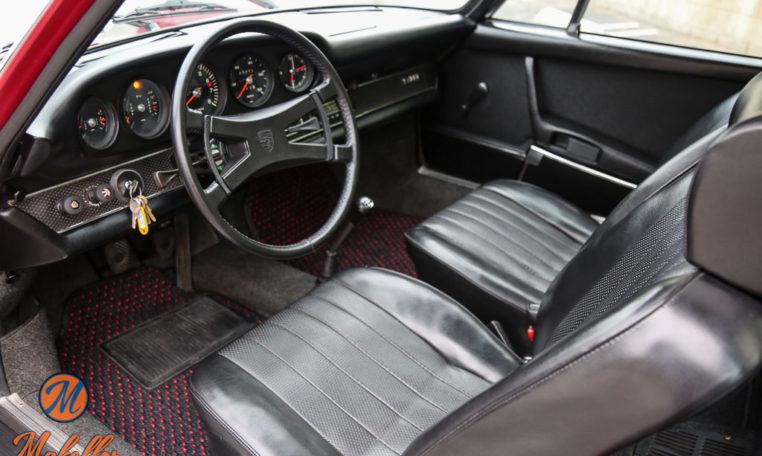 1969-porsche-911t-red-makellos-classics-interior-driver-side-view.jpeg