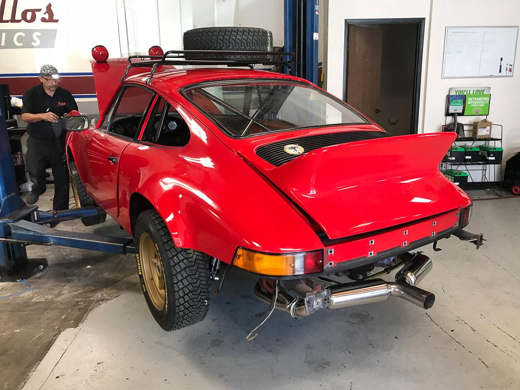 1978 911SC Porsche Outlaw Safari.jpg
