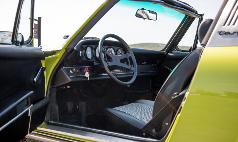 1973-porsche-911t-targa-chartreuse-makellos-classics-drivers-side-interior-steering-wheel.jpg