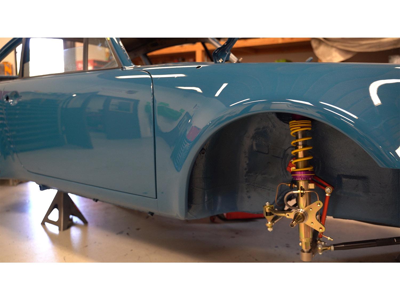 1979 930 Oslo Blue Porsche Hot Rod Turbo Makellos Classics 3.4 engine_0000s_0012_Episode 3.00_01_08_35296.Still002.jpg