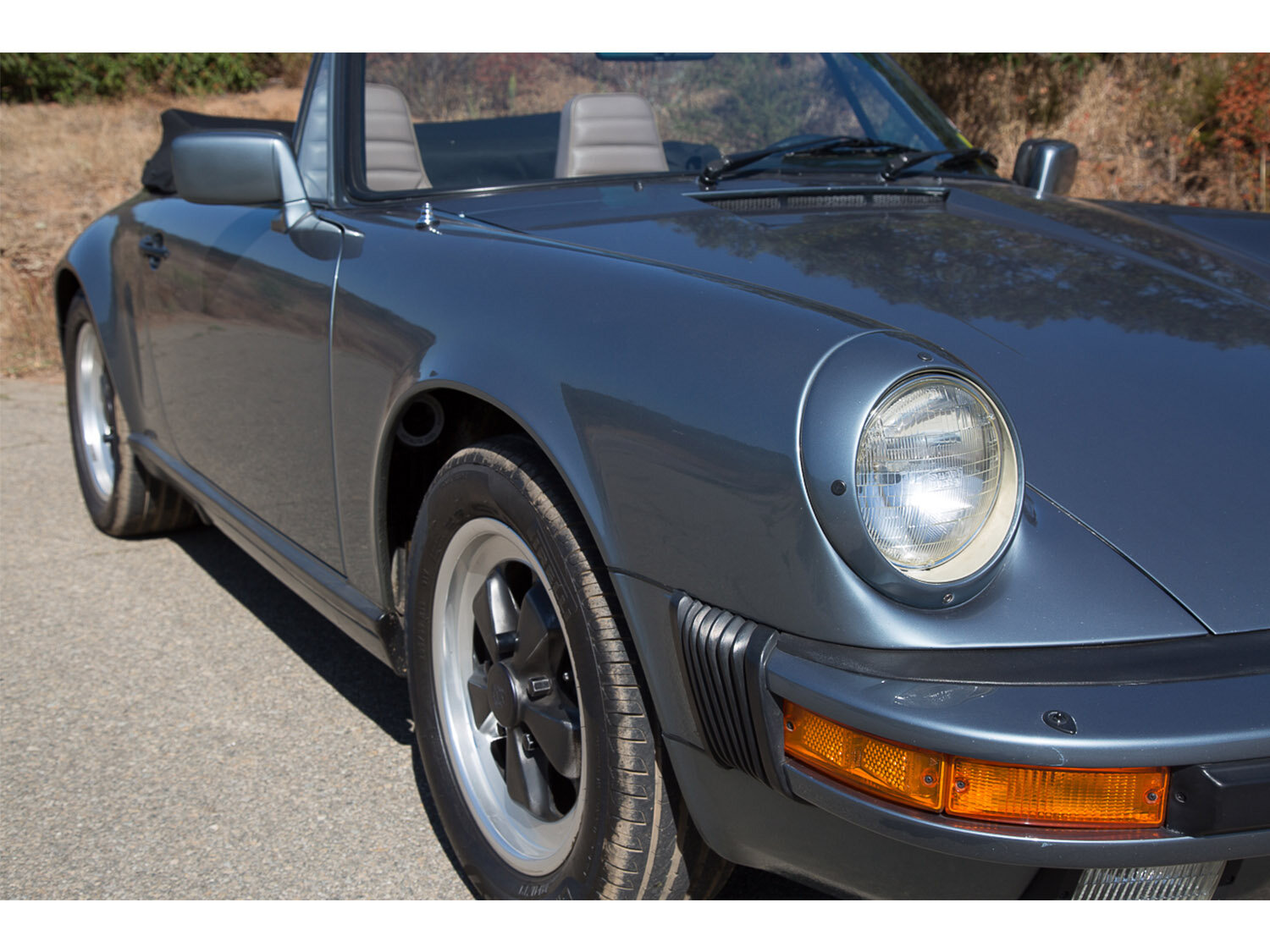 1984-carrera-cabriolet-slate-blue-911-sc-for-sale-makellos-classics_0001s_0000s_0003_1B7A6646.jpg