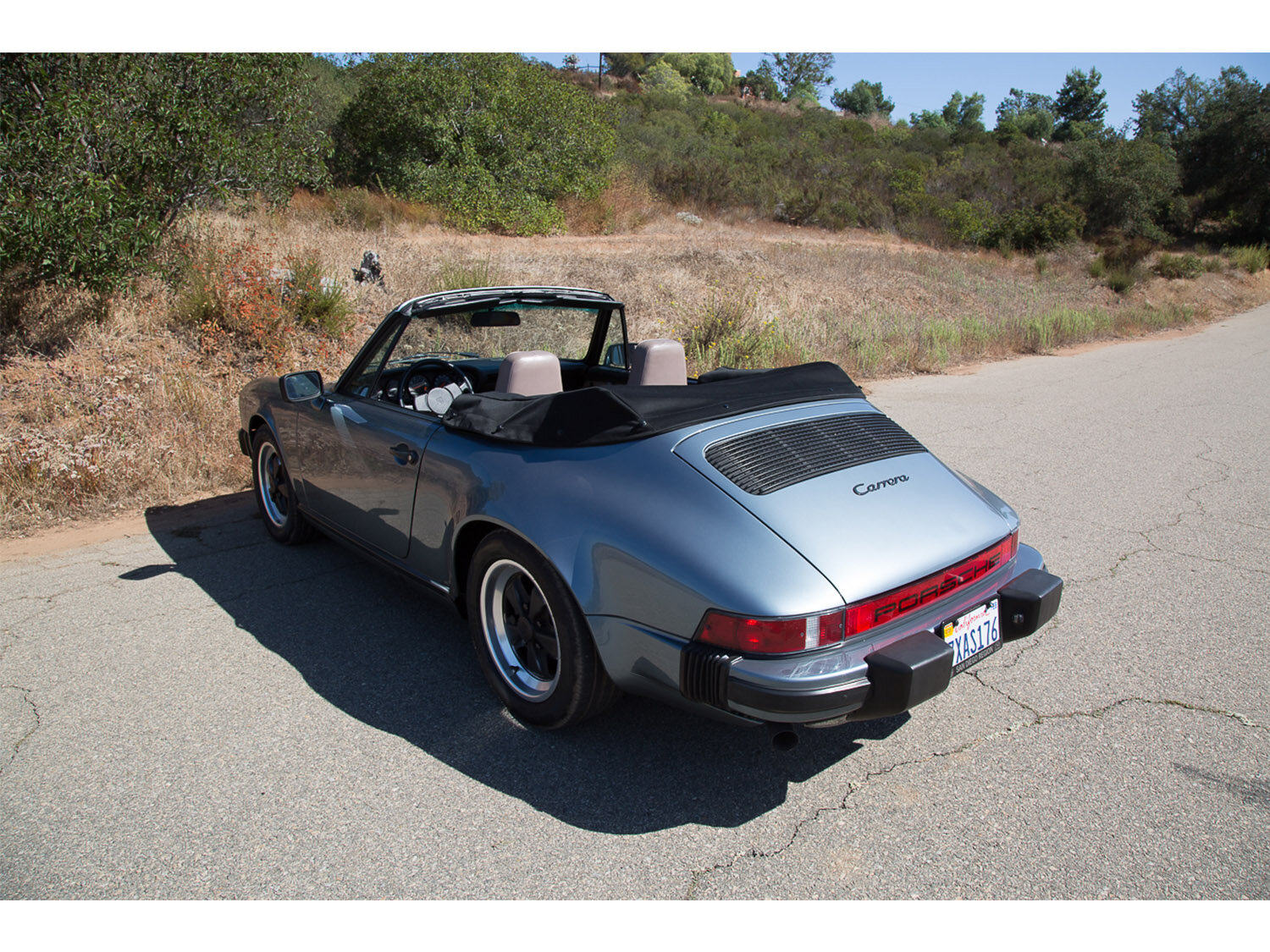 1984-carrera-cabriolet-slate-blue-911-sc-for-sale-makellos-classics_0001s_0000s_0022_1B7A6618.jpg