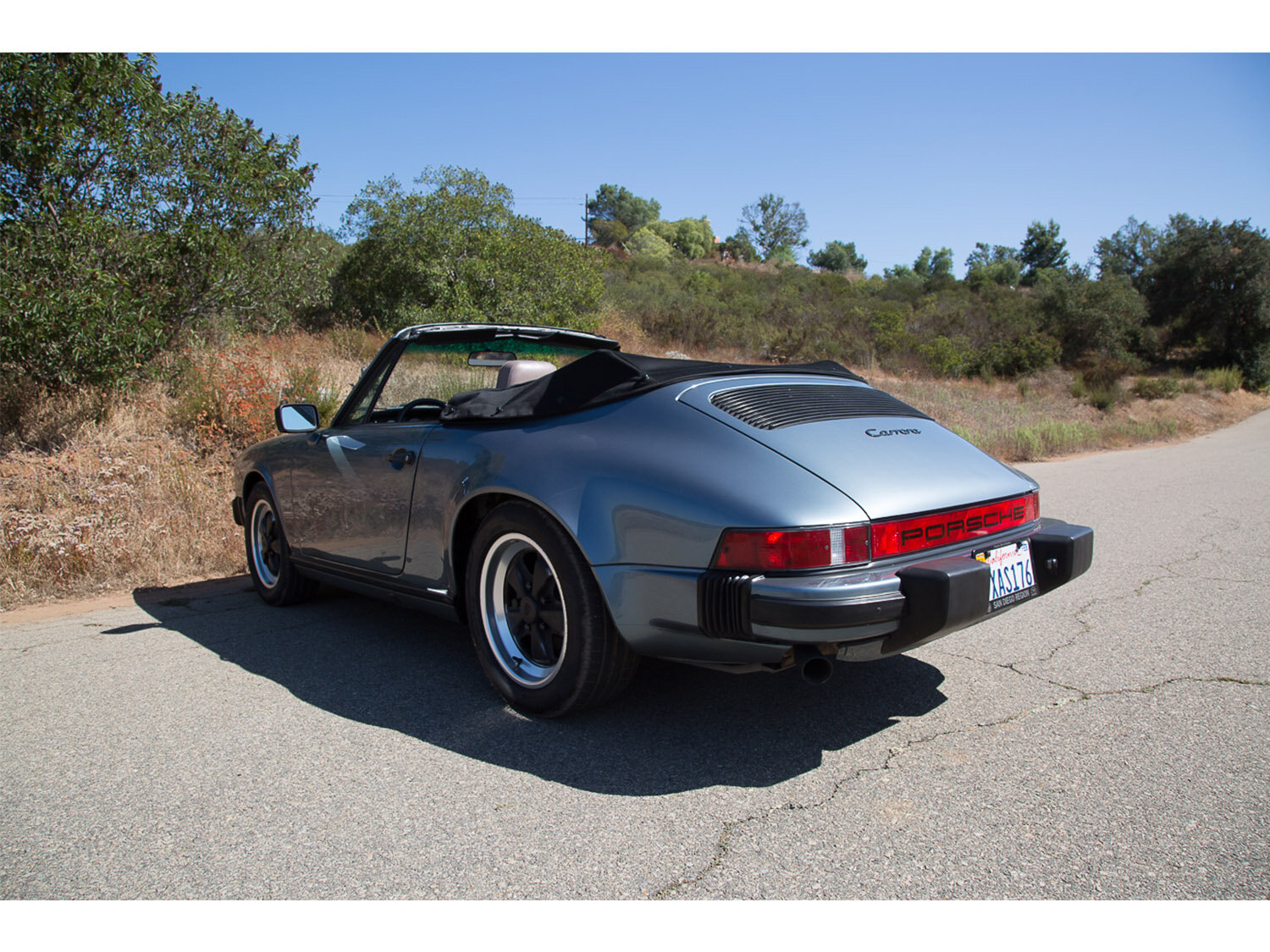 1984-carrera-cabriolet-slate-blue-911-sc-for-sale-makellos-classics_0001s_0000s_0023_1B7A6617.jpg