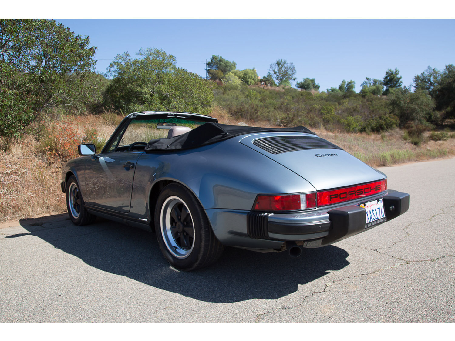 1984-carrera-cabriolet-slate-blue-911-sc-for-sale-makellos-classics_0001s_0000s_0024_1B7A6616.jpg
