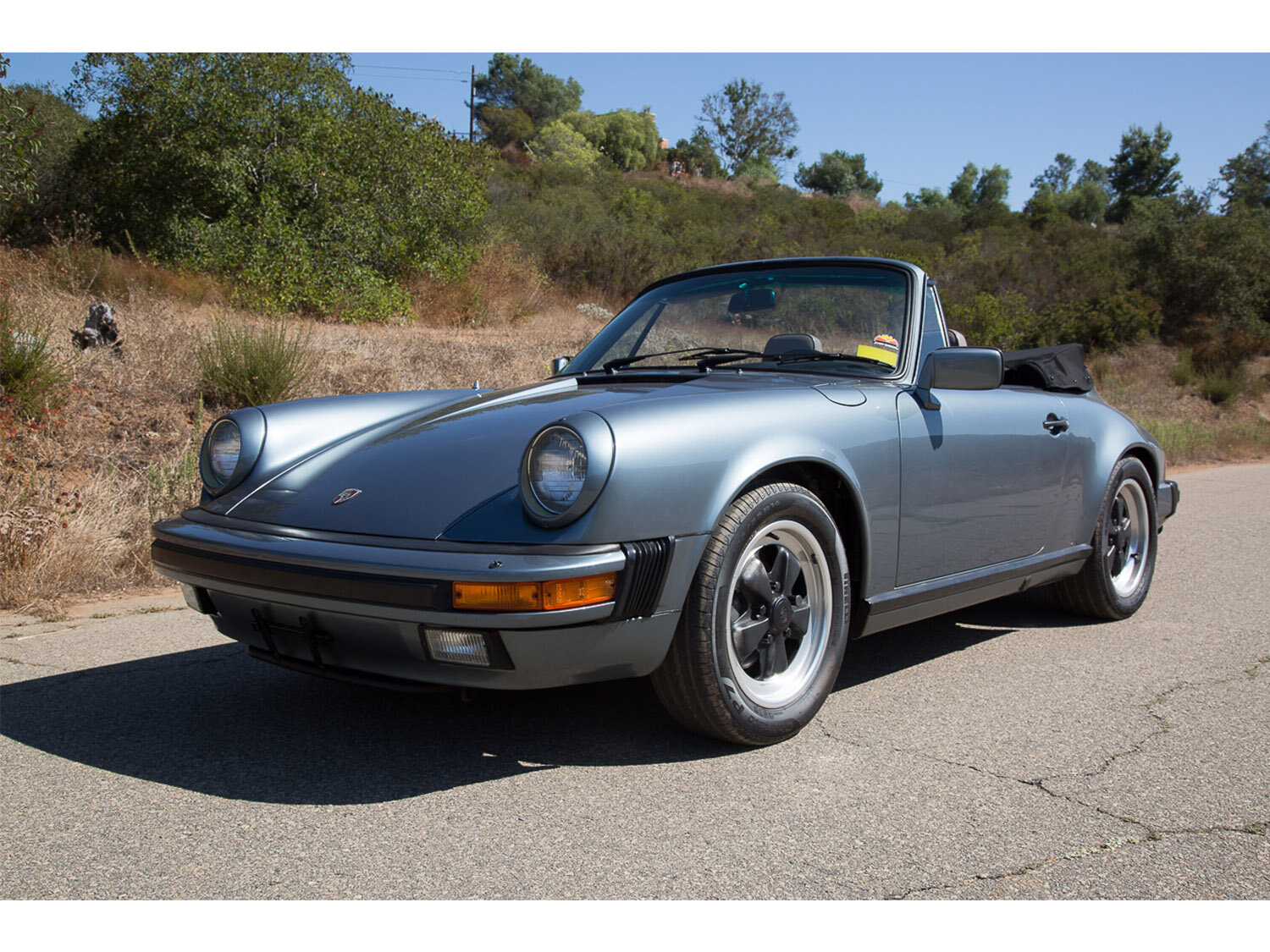 1984-carrera-cabriolet-slate-blue-911-sc-for-sale-makellos-classics_0001s_0000s_0034_1B7A6589.jpg