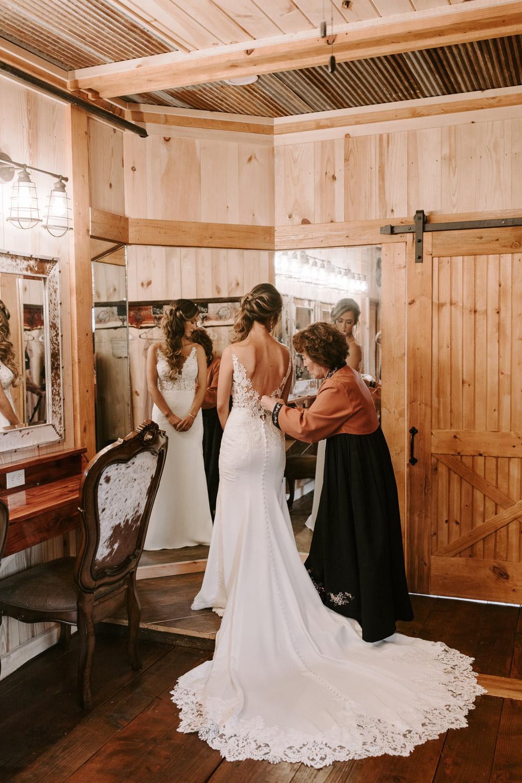 CDL | Sneed Wedding | Web Ready-13.jpg