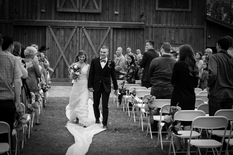 CDL | Wedding | Barn | Web-5.jpg