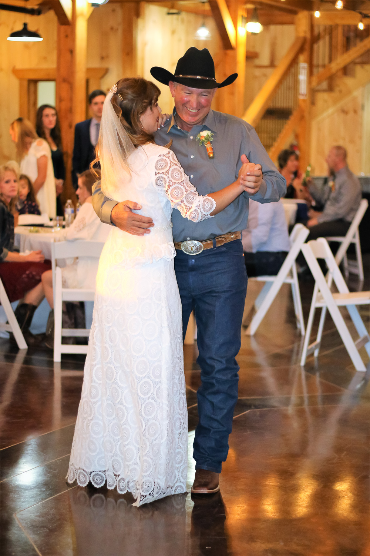 CDL | Wedding | Barn | Web-17.jpg