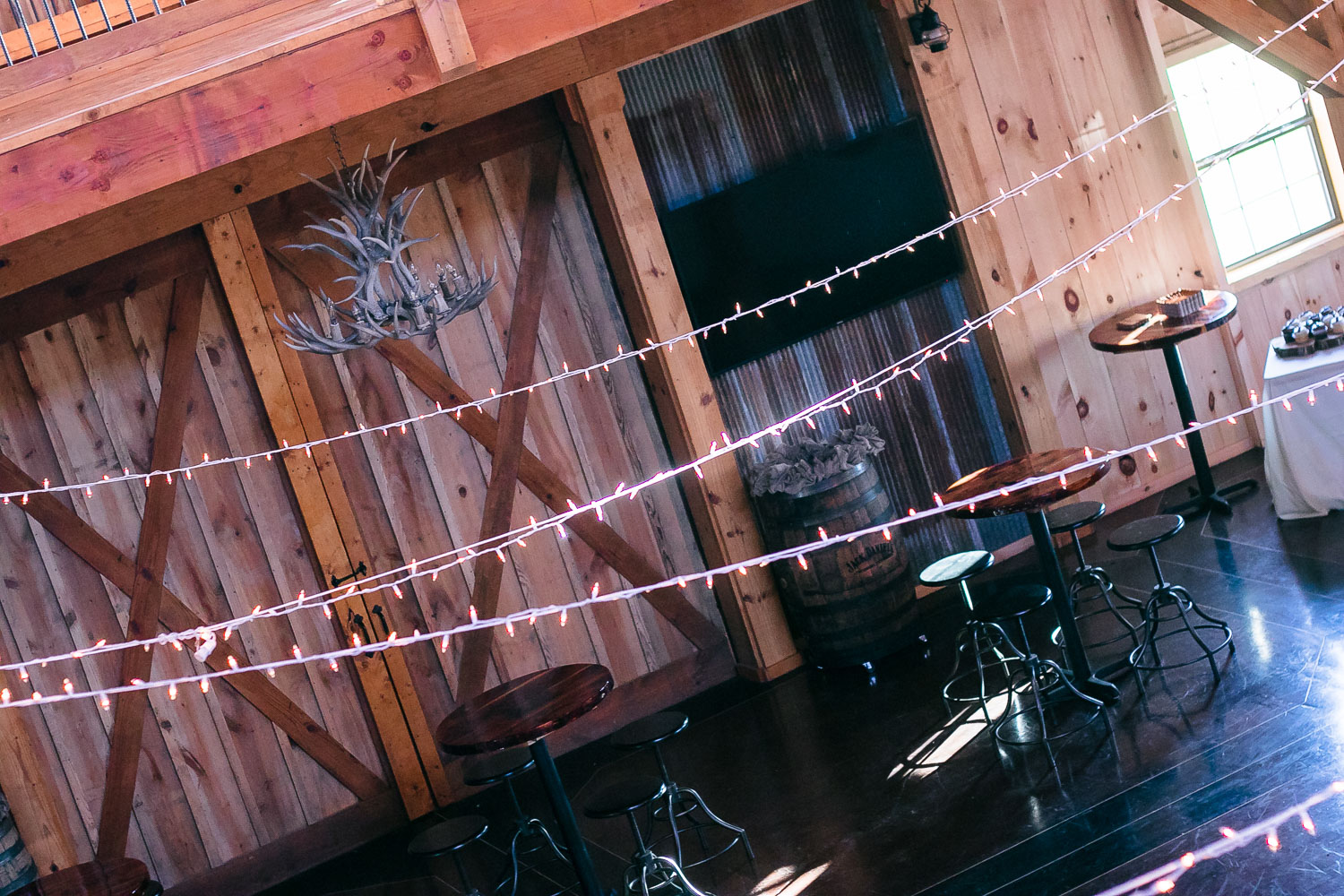 CDL | Wedding | April Stamper | Barn | Web-32.jpg