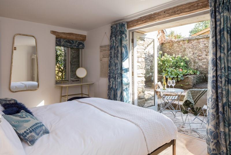 Bedroom 5 - light & airy