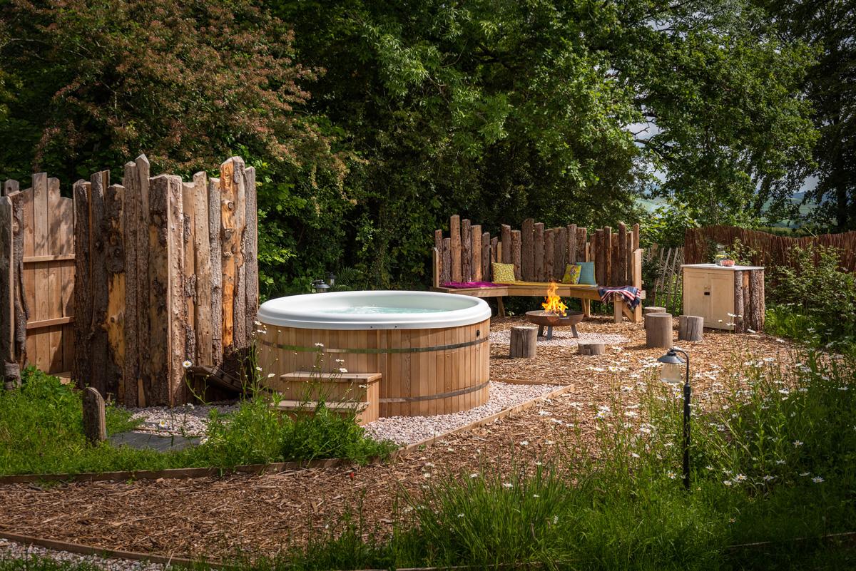 Hot tub -