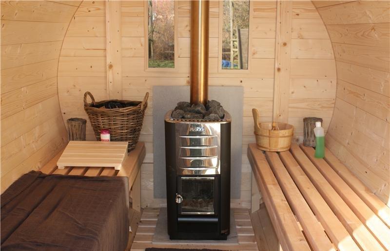 Sauna barrel 4 m Length Inside Viking8.jpg