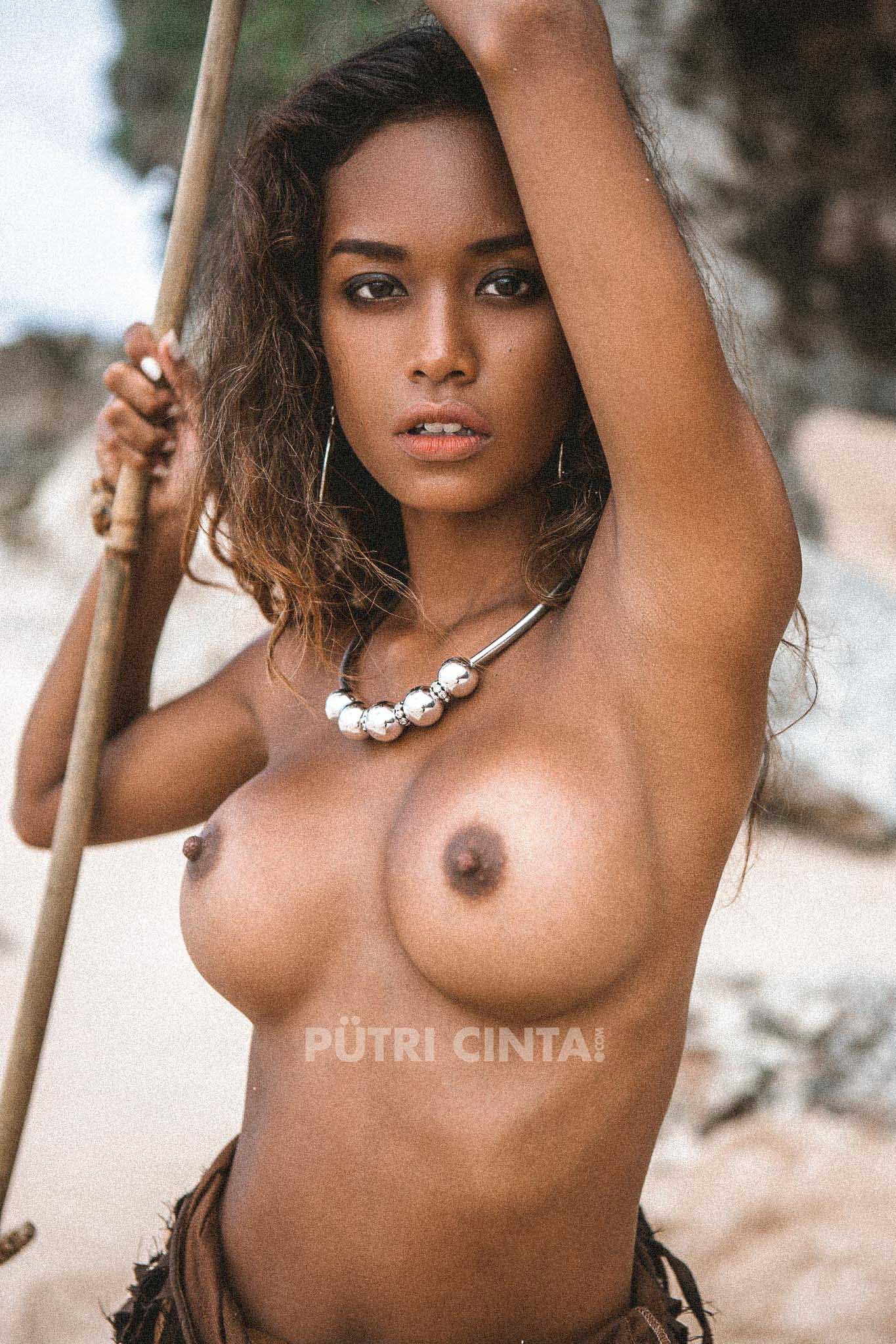 PUTRI-CINTA-004-WET-AND-WILD-PHOTOSET-7.jpg
