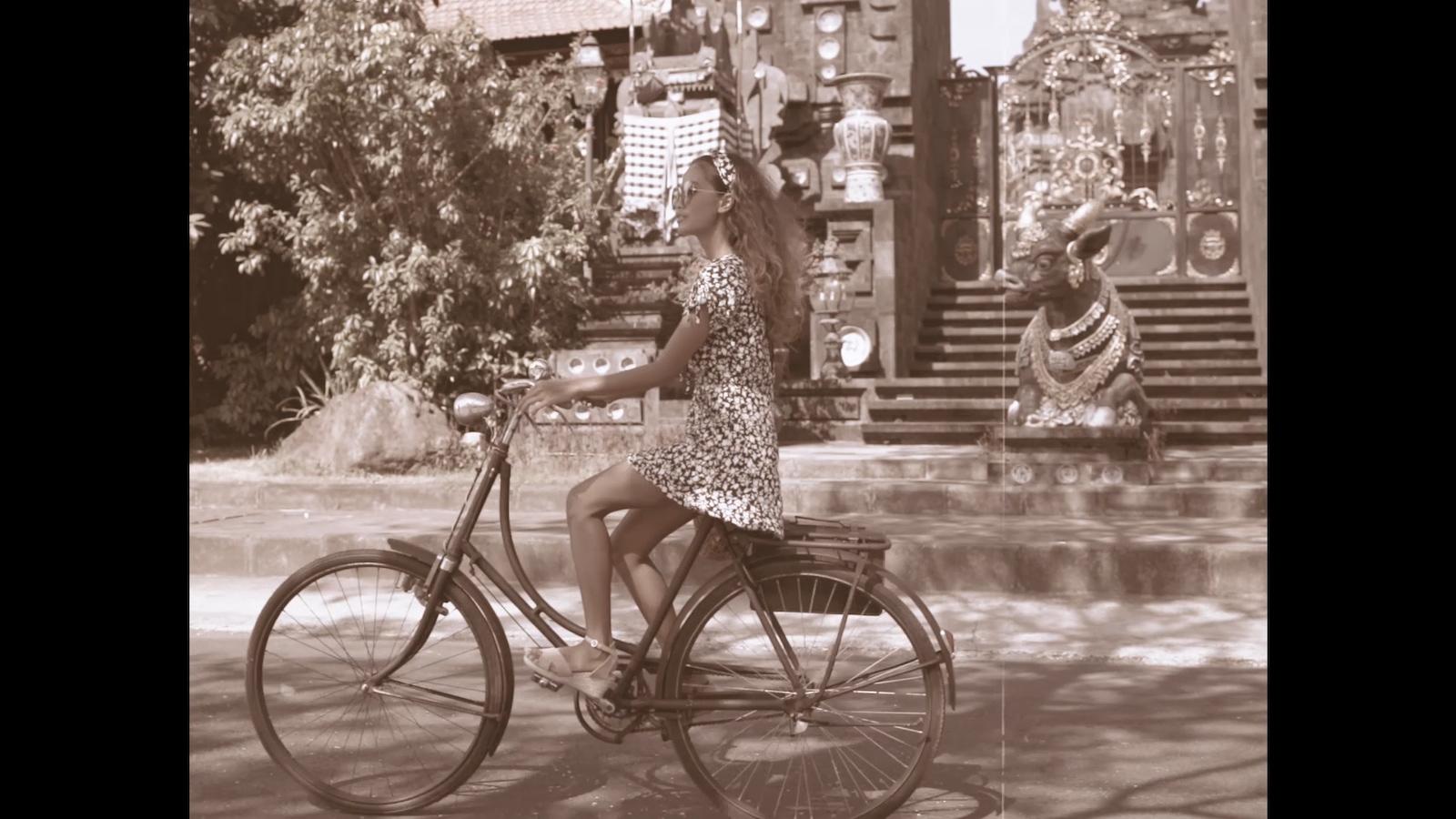 024-cyclingcommando-Putri-Cinta-Mainvid-stills-6.jpg