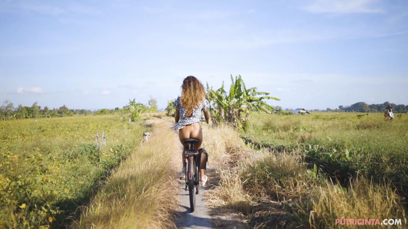 024-cyclingcommando-Putri-Cinta-Mainvid-stills-13.jpg