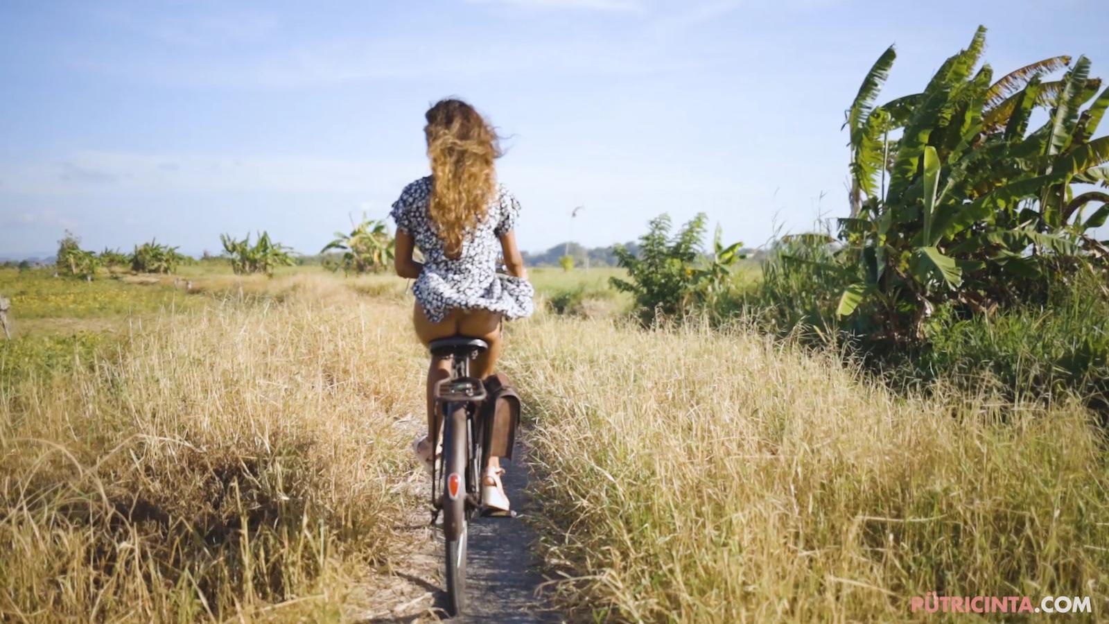 024-cyclingcommando-Putri-Cinta-Mainvid-stills-12.jpg