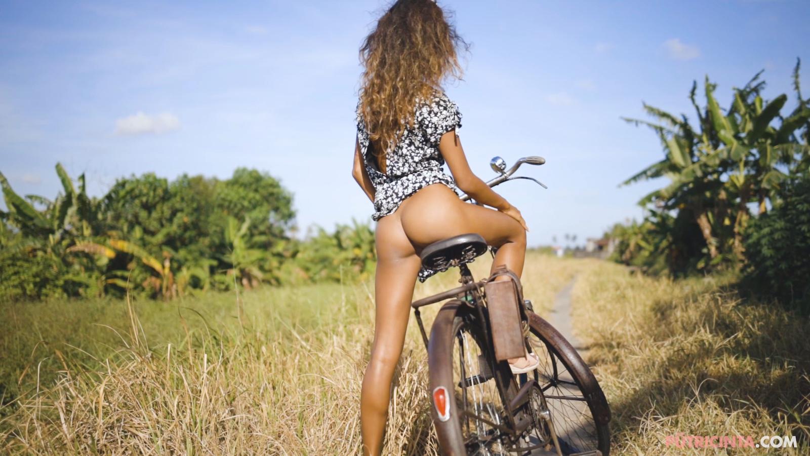 024-cyclingcommando-Putri-Cinta-Mainvid-stills-20.jpg