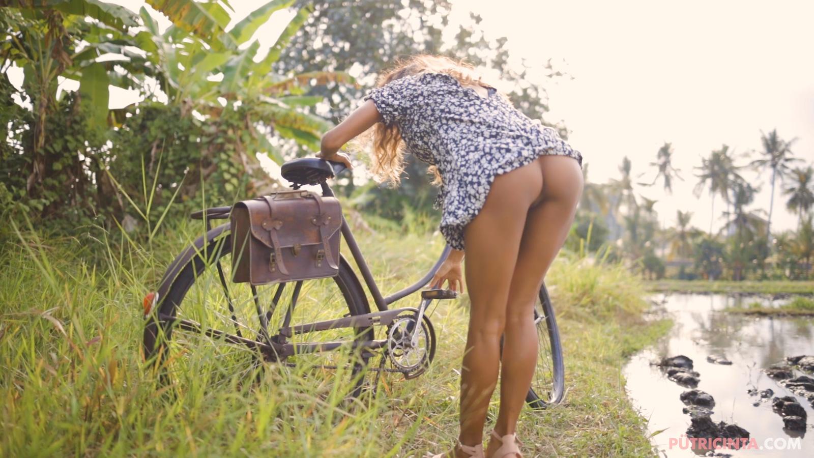 024-cyclingcommando-Putri-Cinta-Mainvid-stills-29.jpg