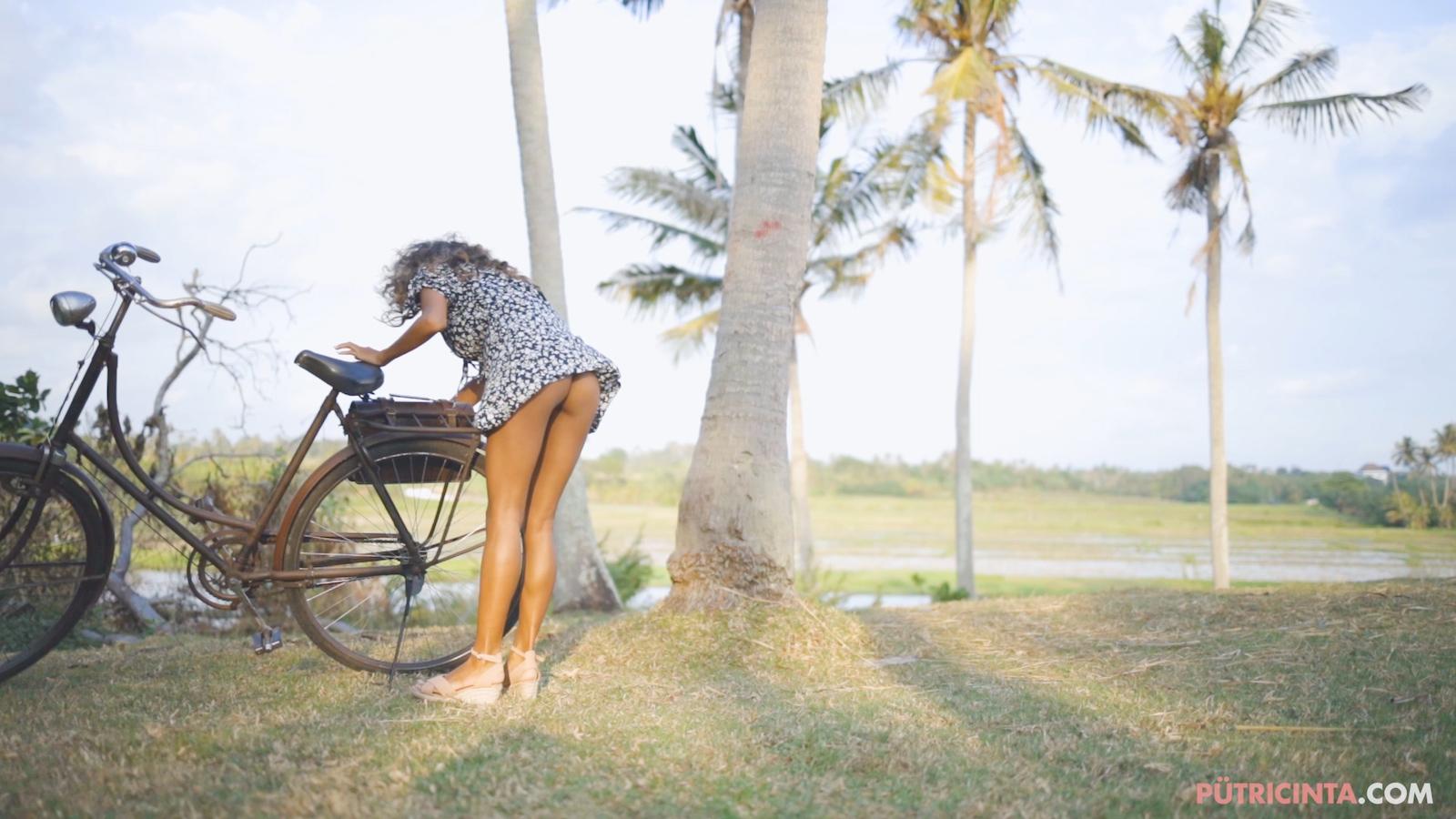 024-cyclingcommando-Putri-Cinta-Mainvid-stills-41.jpg