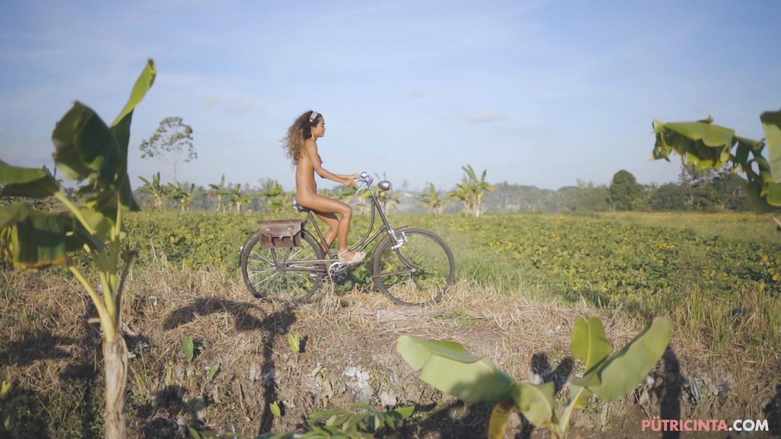 024-cyclingcommando-Putri-Cinta-Mainvid-stills-82.jpg