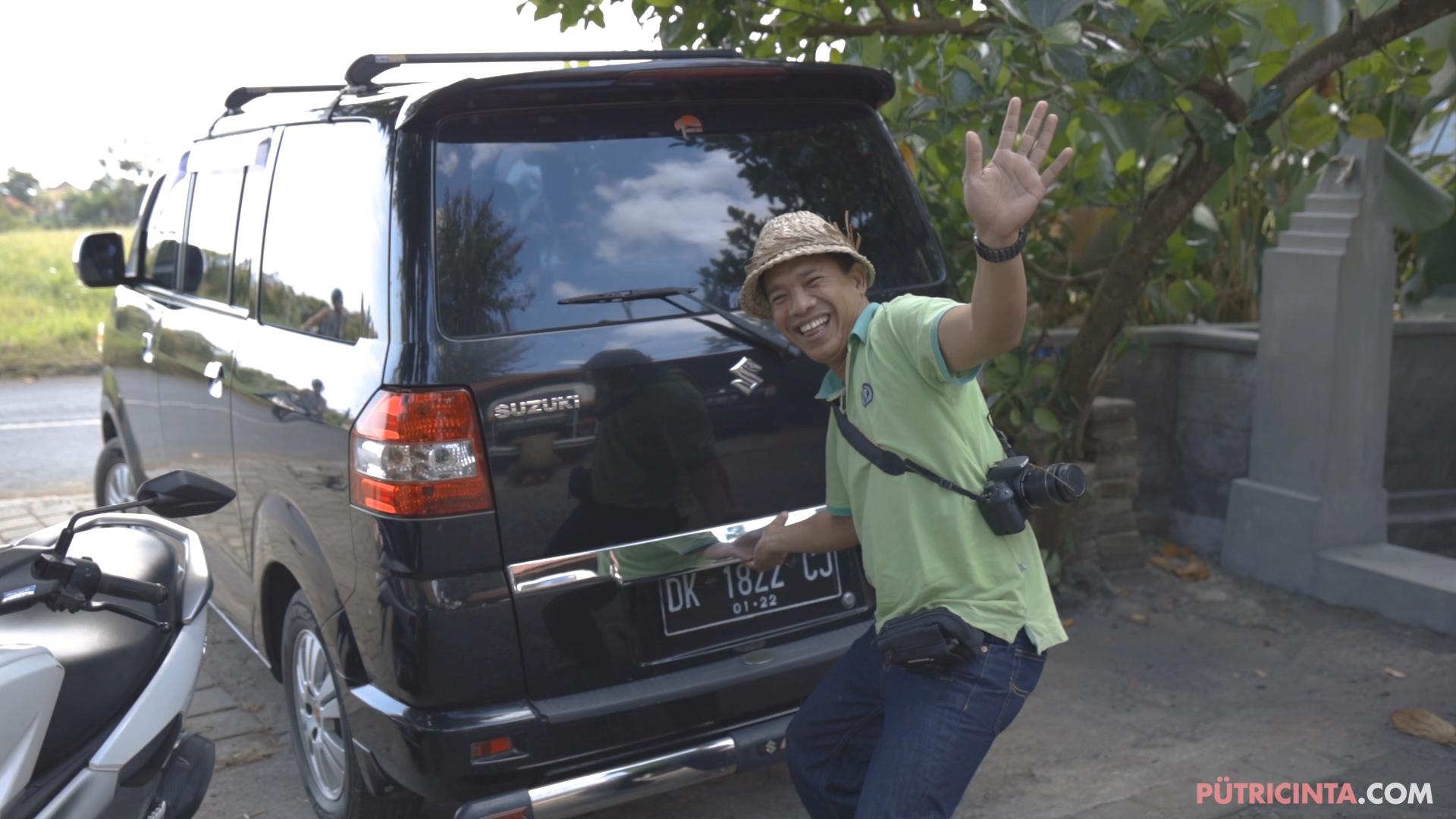 024-cyclingcommando-Putri-Cinta-BTS-stills-9.jpg