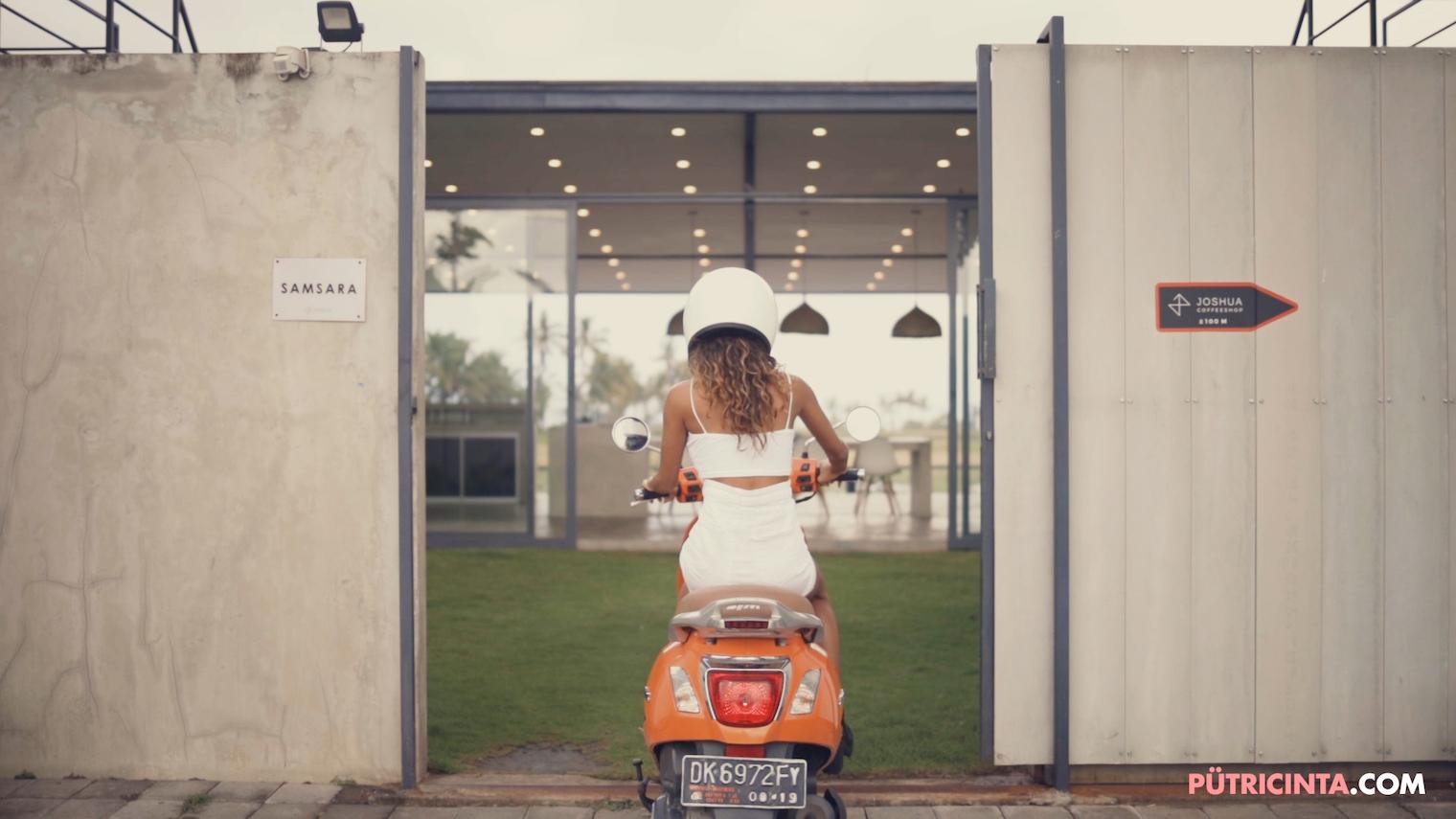 025-BikeWash-Putri-Cinta-Teaser-Stills-1.jpg