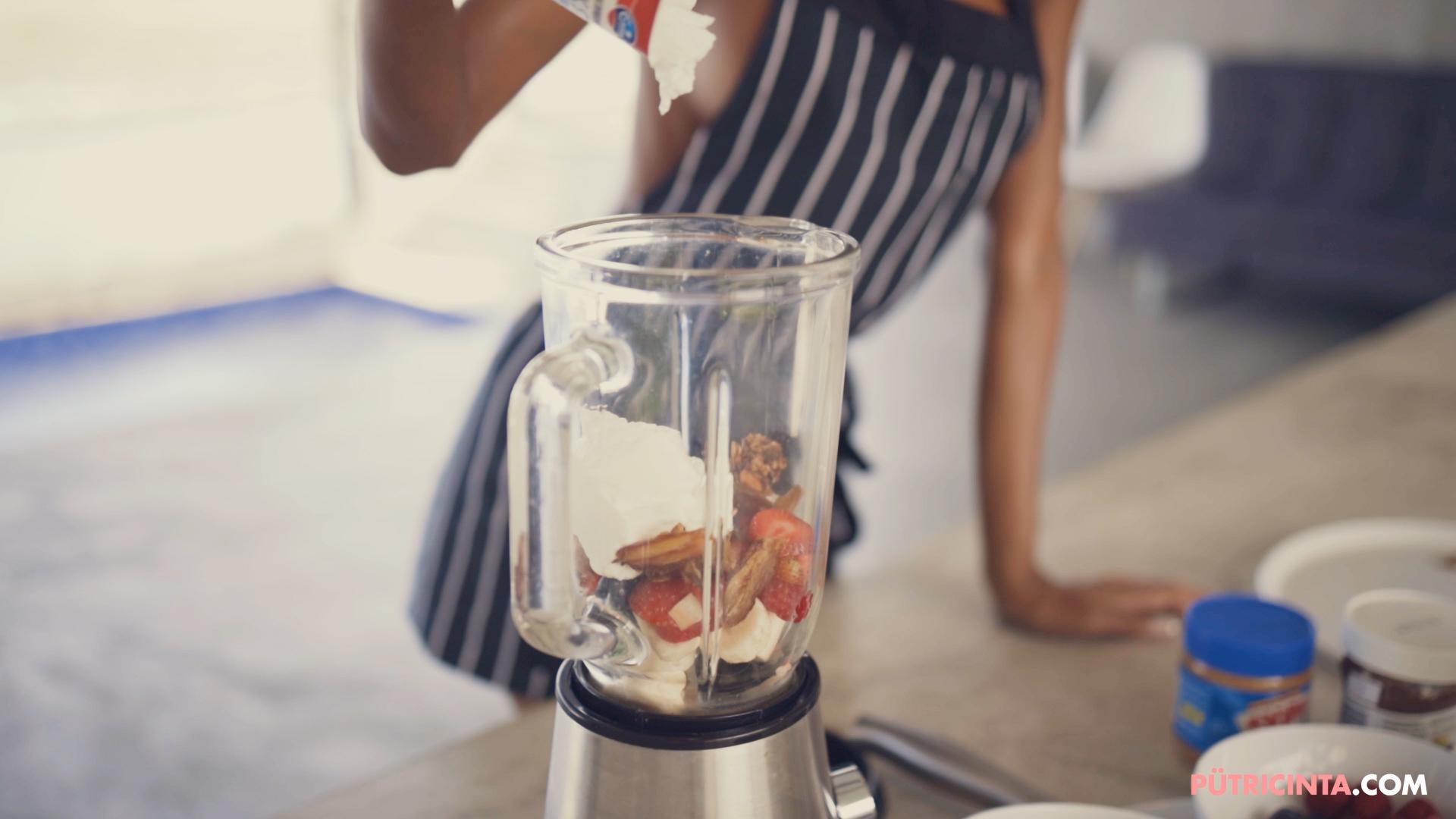 028-Putri-Cinta-Cooking-Class-mainvid-stills-26.jpg