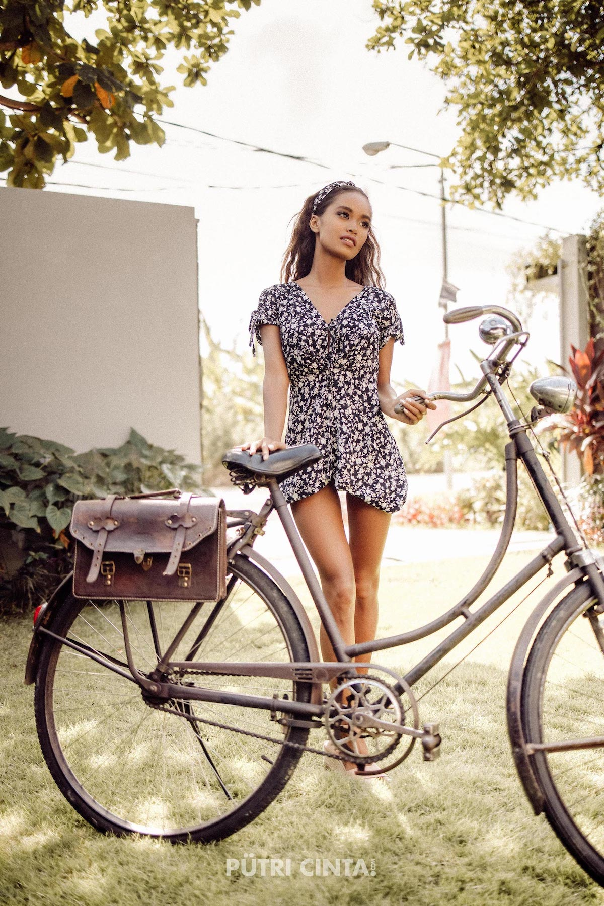 024-Putri-Cinta-Cycling-Commando-photoset-18.jpg