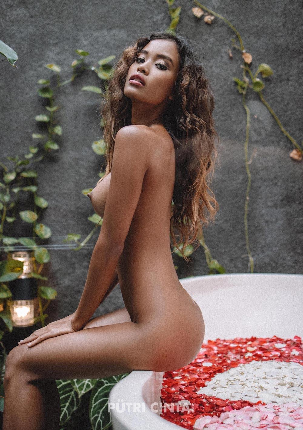 034-Putri-Cinta-Mia-Villa-#2-Photos-For-Retouch-28-Edit.jpg