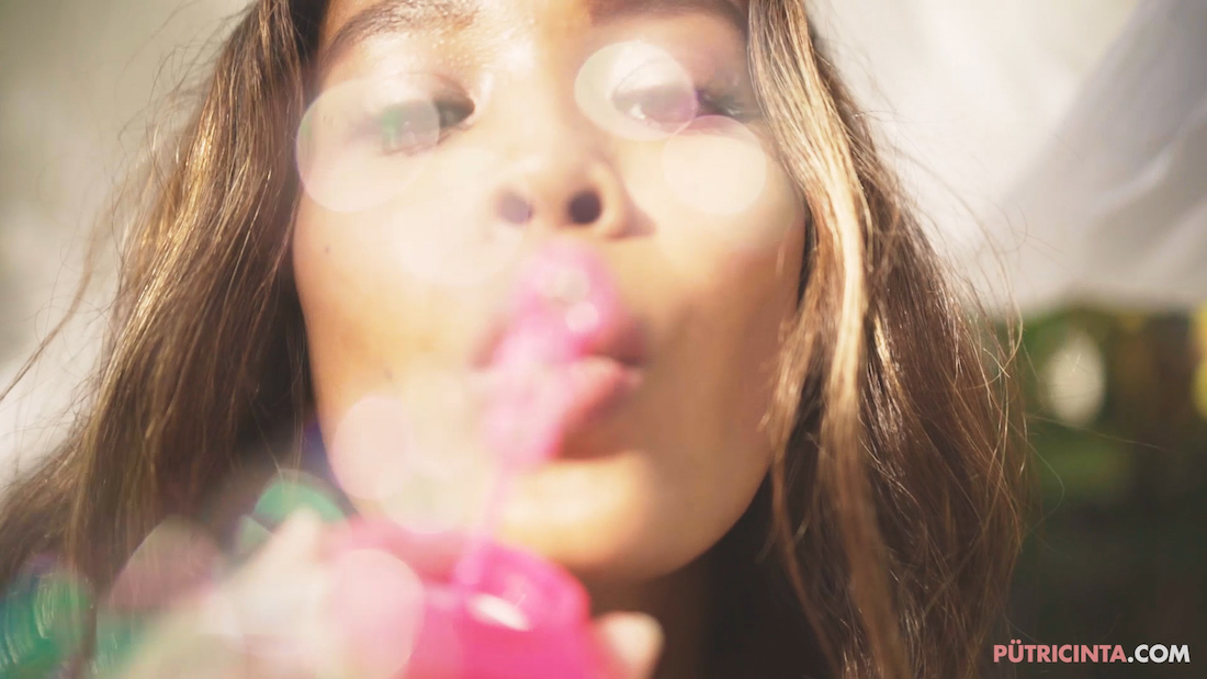 Putri-Cinta-bubble-party-teaser-Stills-24.jpg
