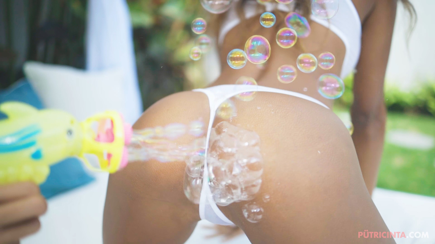 Putri-Cinta-bubble-party-Main-Stills-36.jpg
