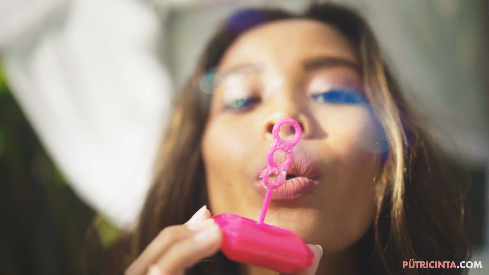 Putri-Cinta-bubble-party-Main-Stills-84.jpg