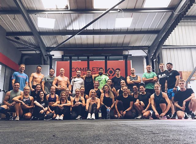 Saturday Squad 💪🏻🔋 . . . . . . . . . . . . #gym #fitness #workout #metcon #Nike #niketraining #training #crossfit #lifting #reebok #weighttraining #newforest #ringwood #bournemouth #completeactive