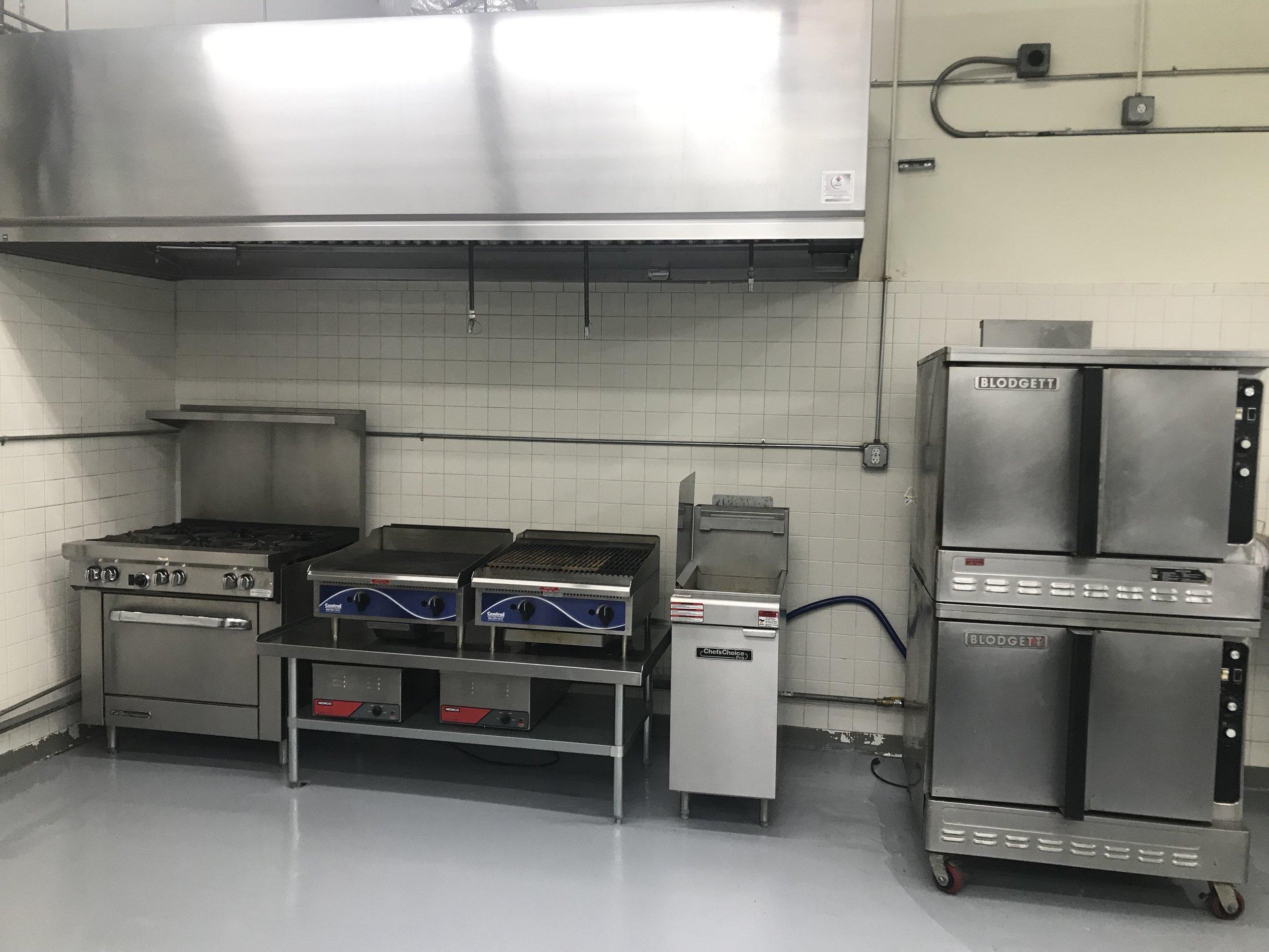 Full Kitchen - Fryer, Grill, Ovens