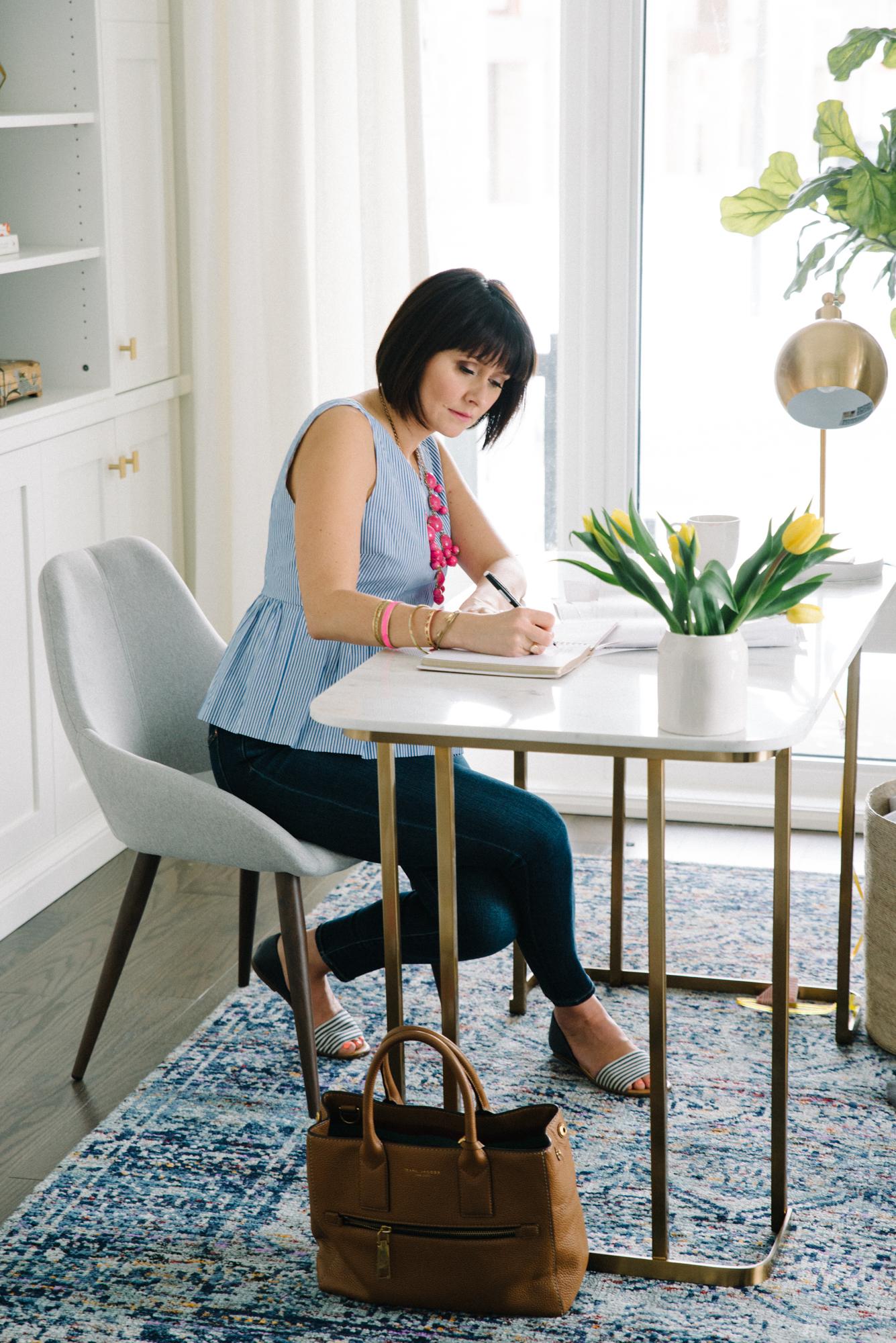 StefEthan-RebeccaHayDesigns-Aurora-InteriorDesigner-InteriorDesign-TorontoPortraitPhotographer-LifestylePhotography-TorontoInteriorDesigner-3.JPG