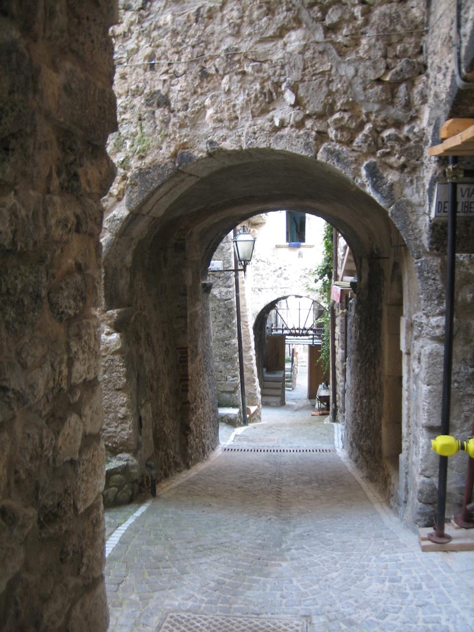 Abruzzo - 1 (1).jpg