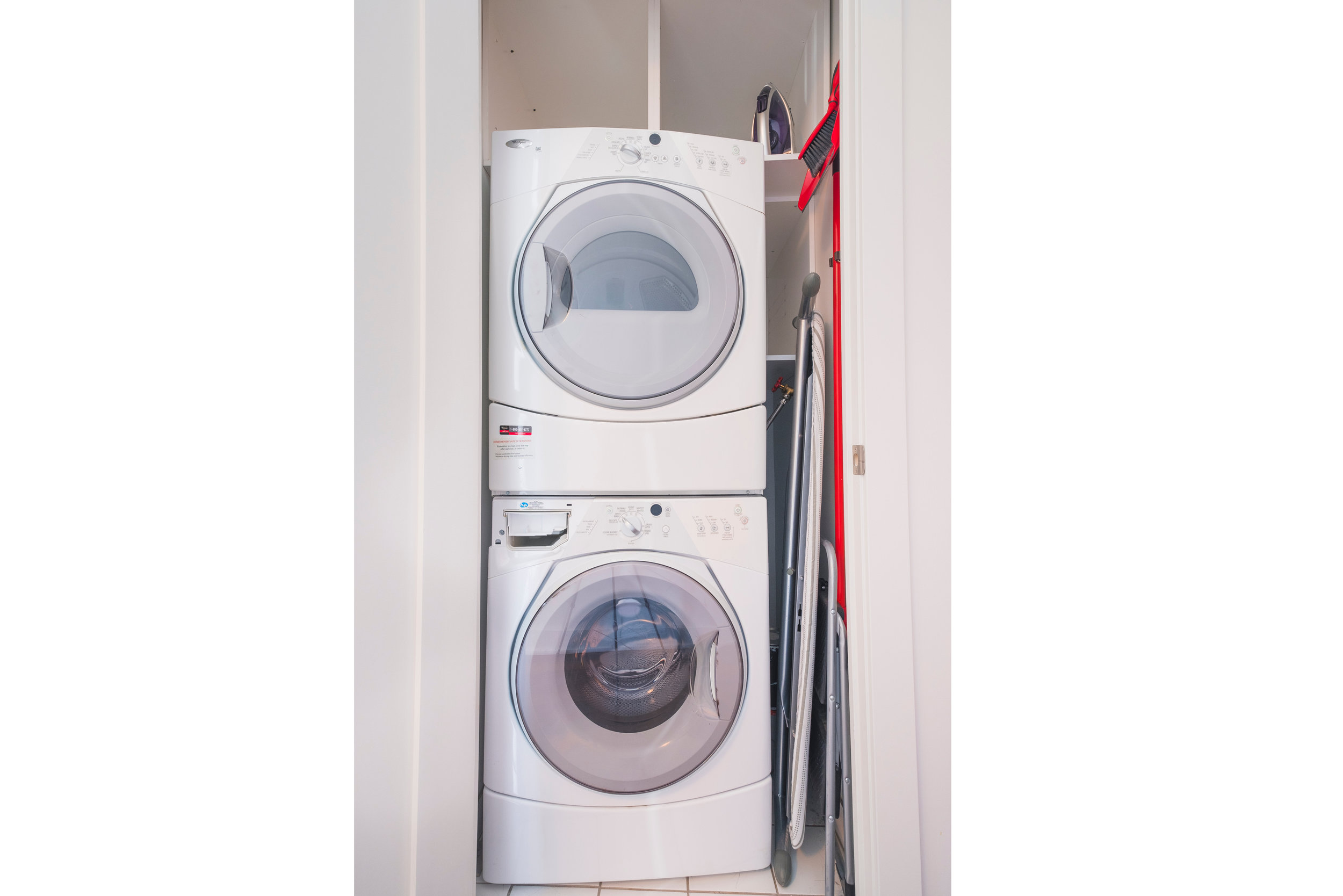 120 Homewood washer:dryer.jpg