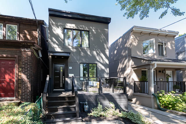 3 Bedroom House at Rhodes Avenue