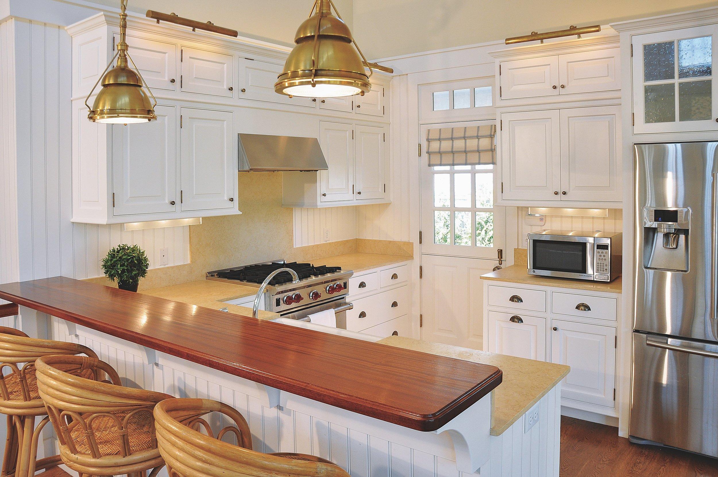 Modern_Farmhouse_Kitchen_Brass_Pendant_Industrial_Chandelier.jpg