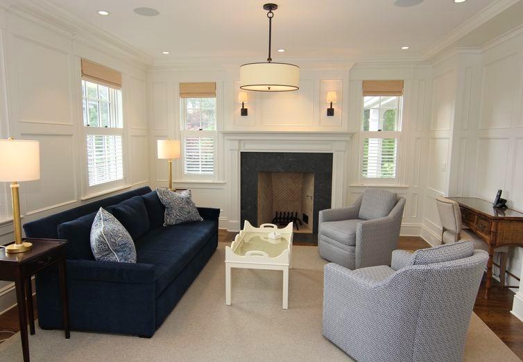Colonial_Greek_Revival_Living_Room_Chandelier.jpg