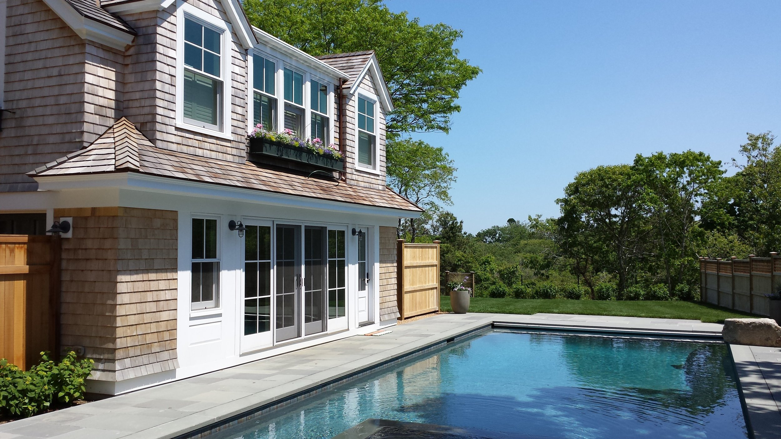 Shingle_Style_In_Ground_Swimming_Pool_Guesthouse.jpg