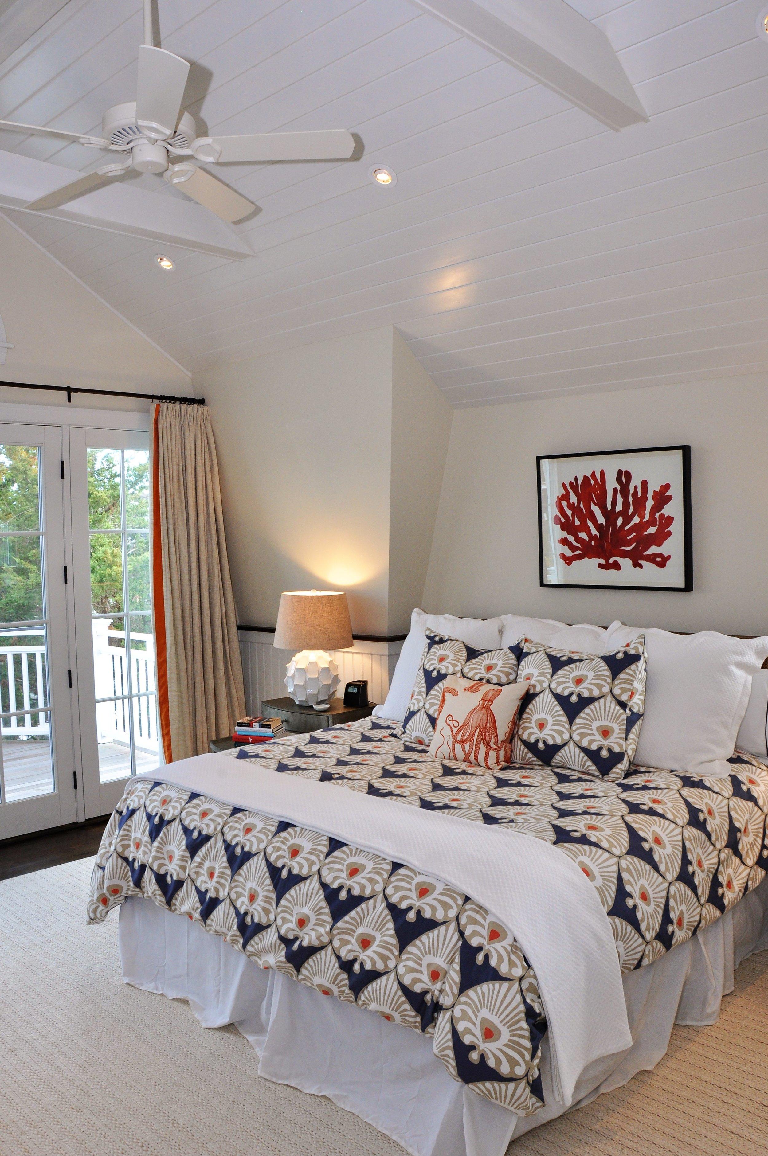 Vaulted_Ceiling_Fan_Exposed_Beams_Bedroom.jpg