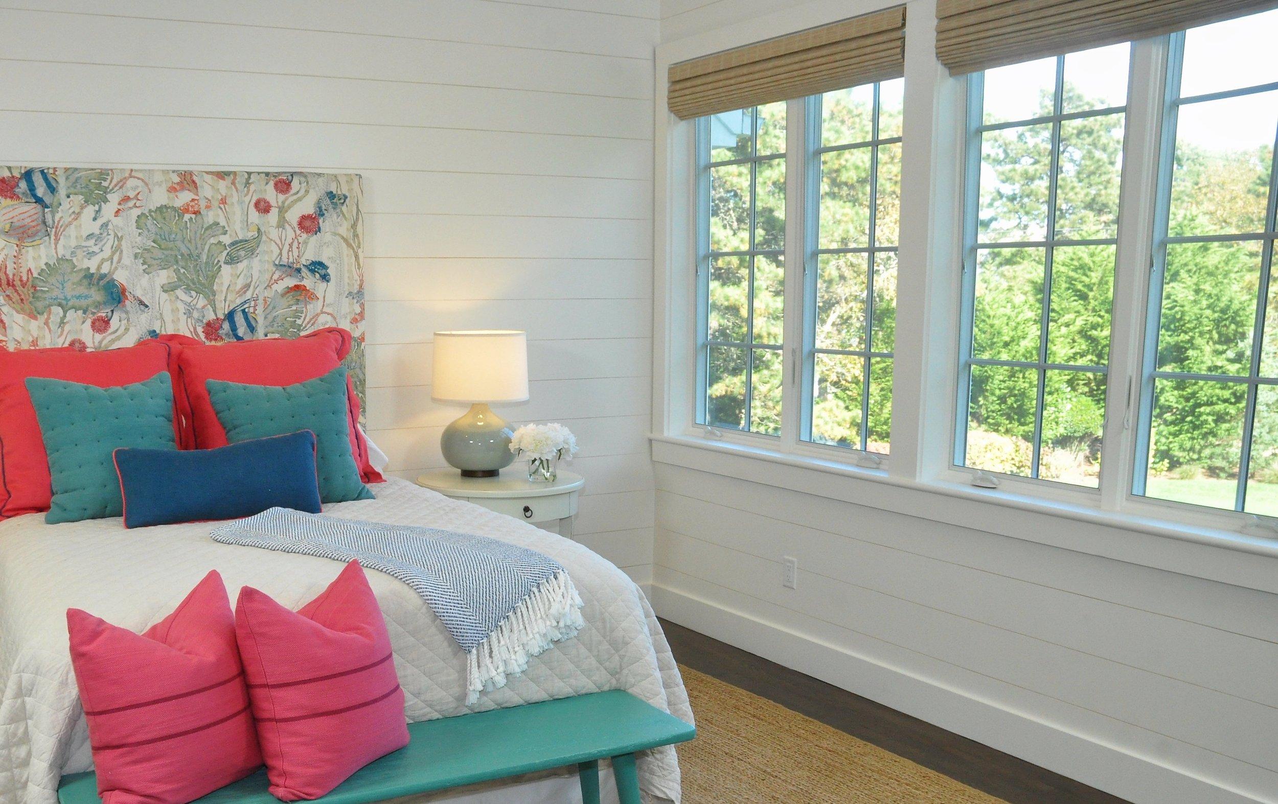 Modern_Farmhouse_Bedroom.jpg