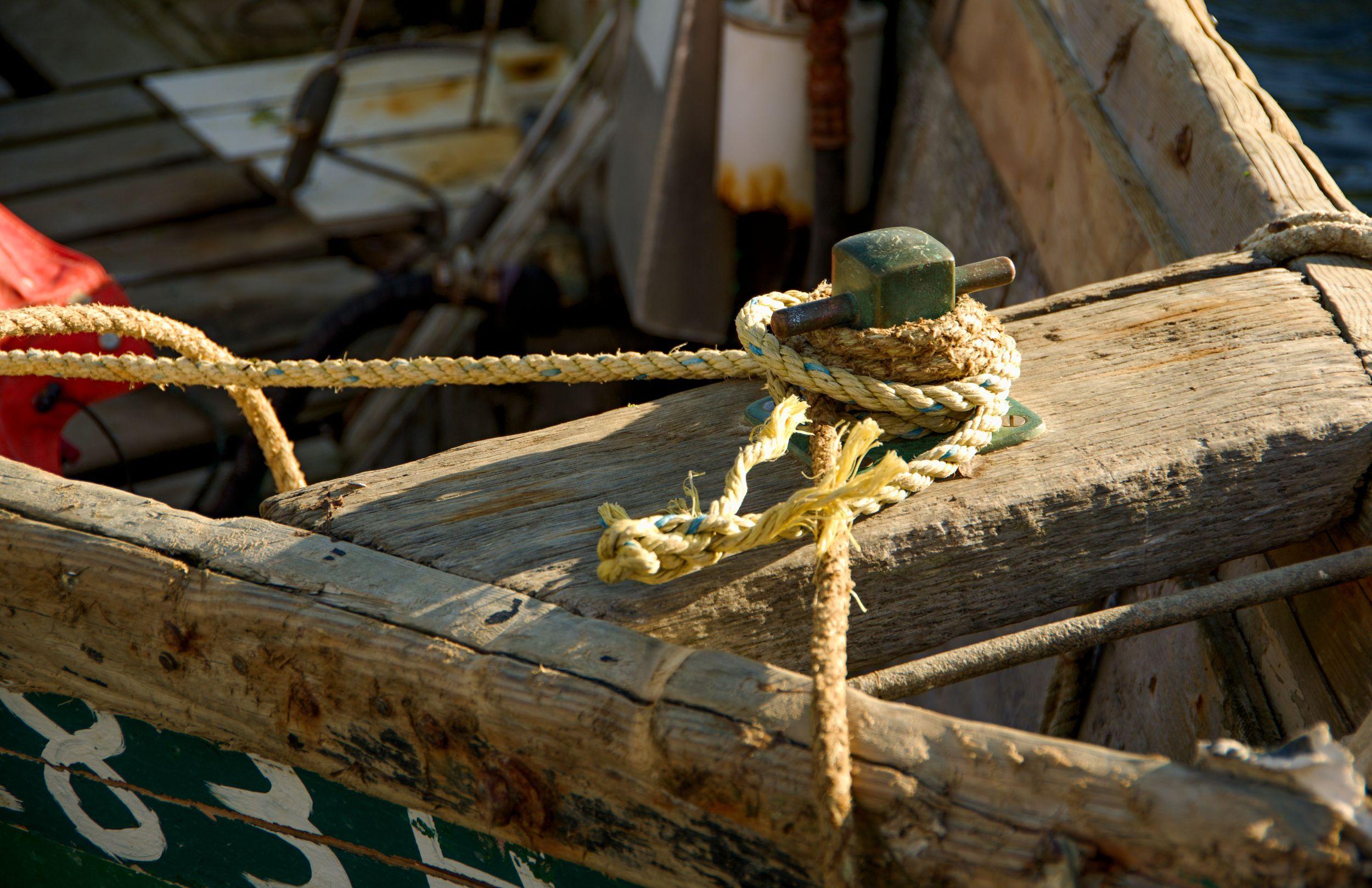 Boat_Anchor_Cleat_Wood_Marthas_Vineyard.jpg