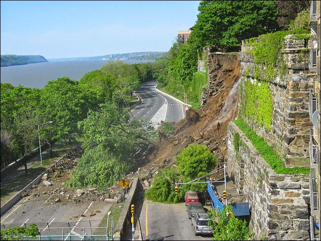 hudson river nyc wall_collapse.jpg