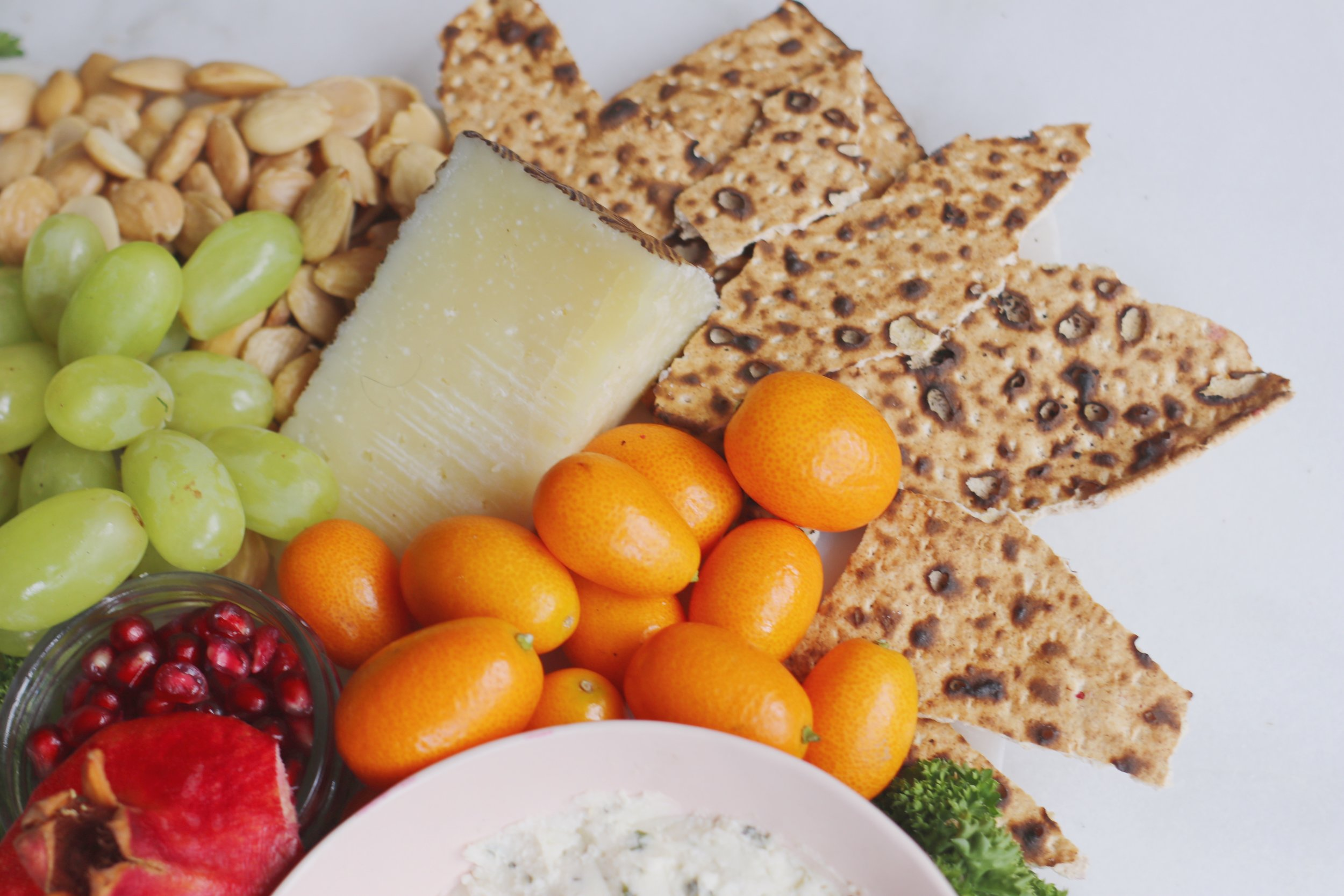 passover-appetizers-matza-cheese-board-2