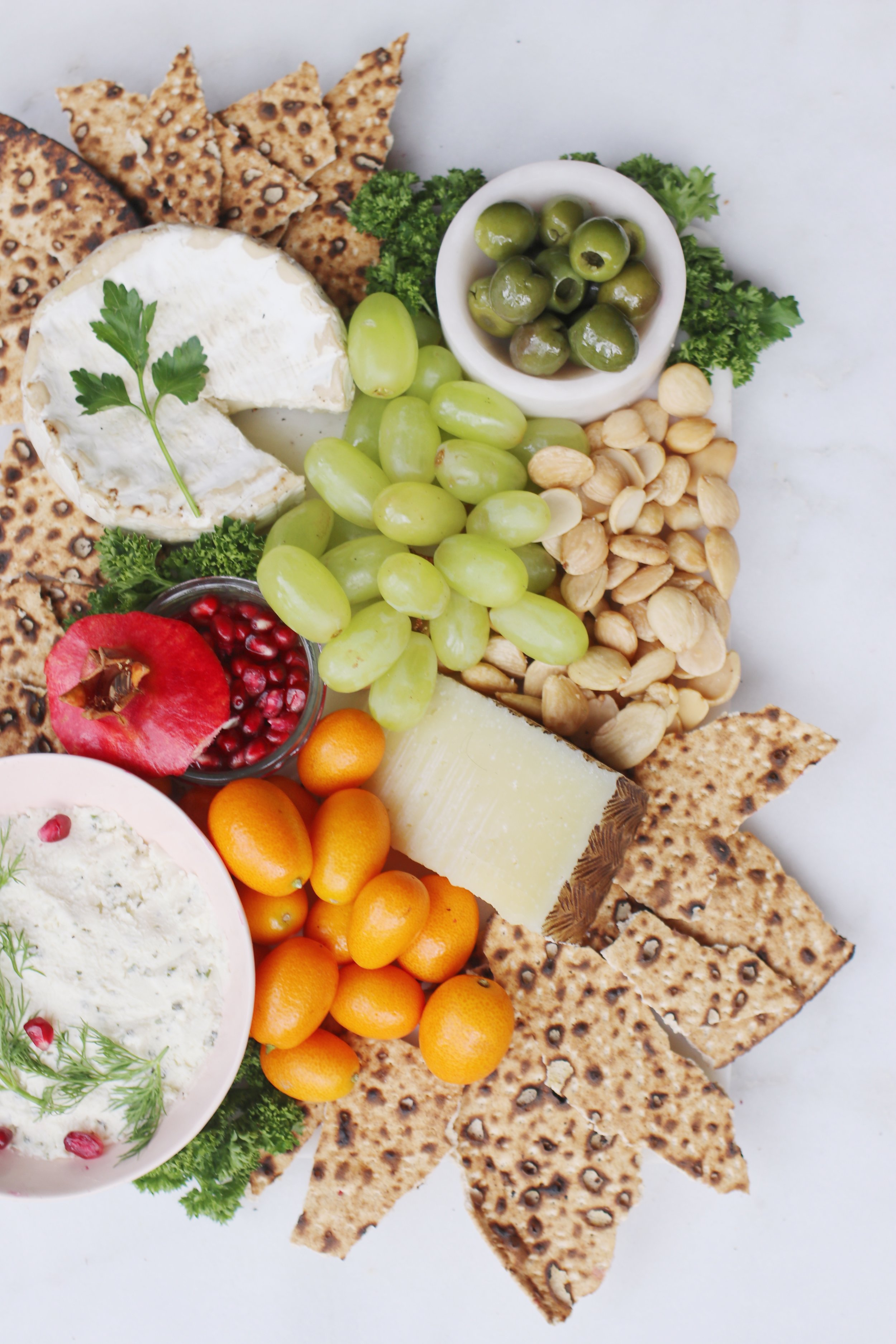 passover-appetizers-matza-cheese-board-4
