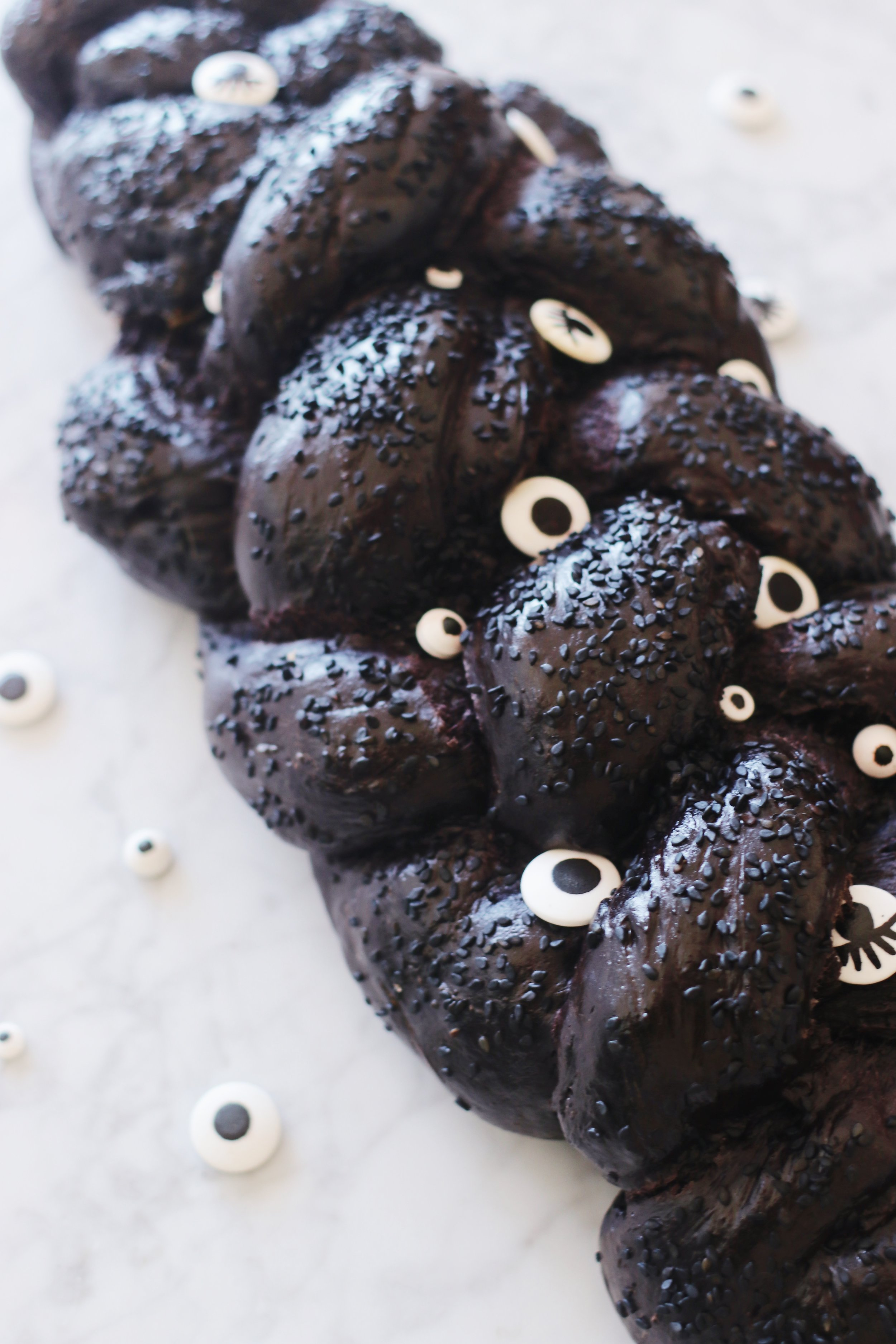 halloween-shabbat-ideas-black-challah-recipe-googly-eyes-3.JPG