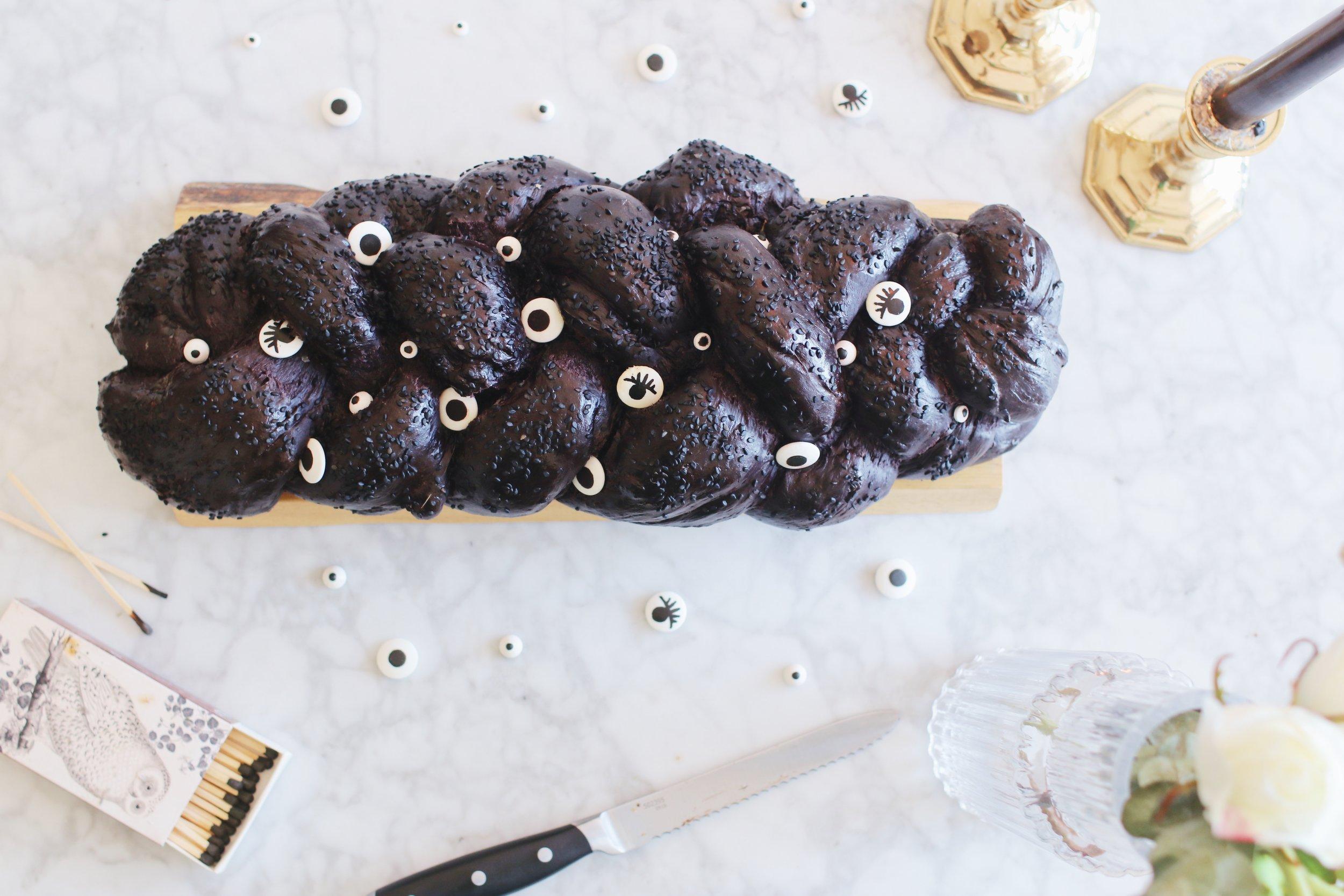 halloween-shabbat-ideas-black-challah-recipe-googly-eyes-4.JPG