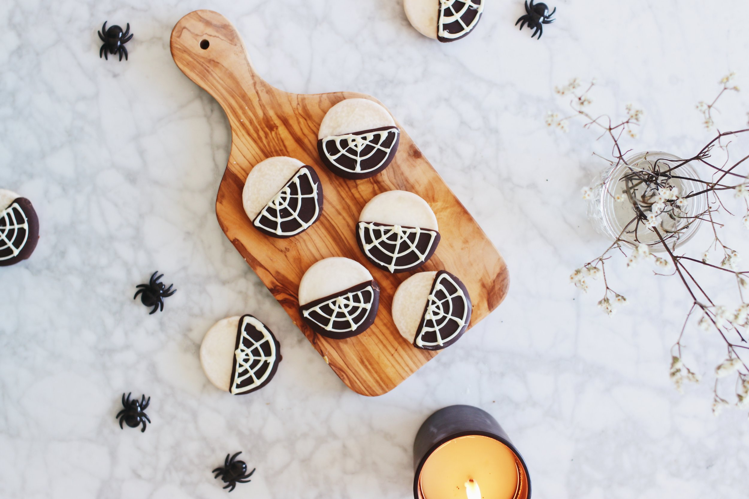spiderweb-black-and-white-cookies-recipe-halloween-shabbat-ideas-8.JPG